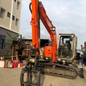 JG75L track excavator grapple