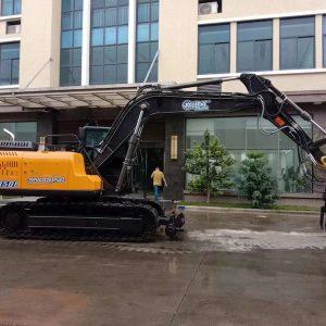 railroad excavators JG150L for railway usage